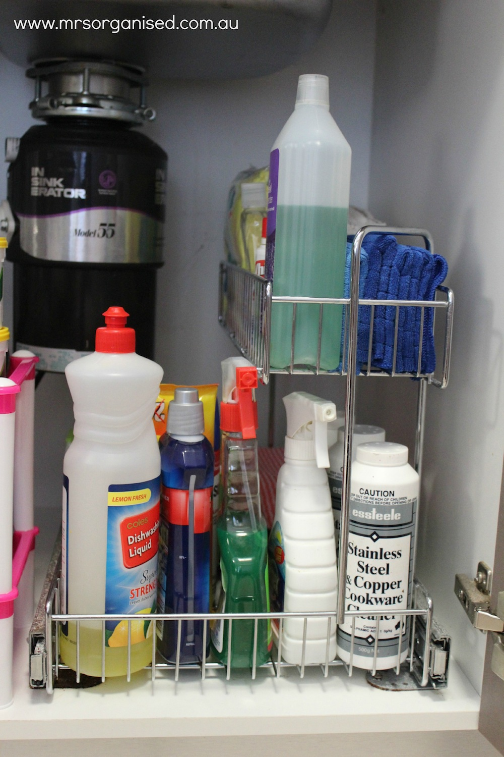 How to Organise Under the Kitchen Sink 004