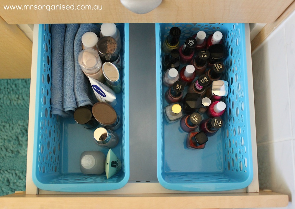 How to Organise the Bathroom Drawers (Part 2) 003