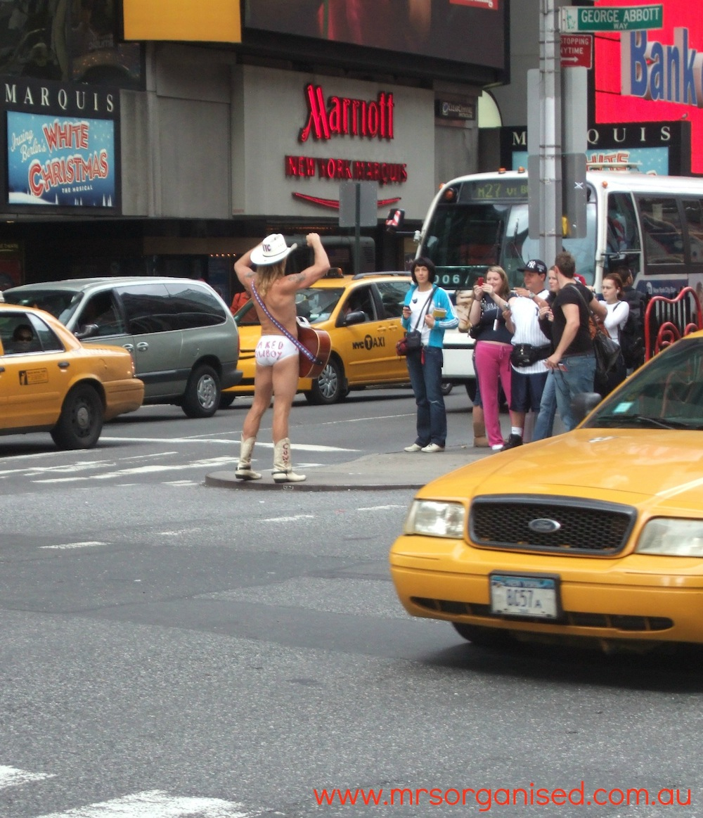 The Naked Cowboy 004