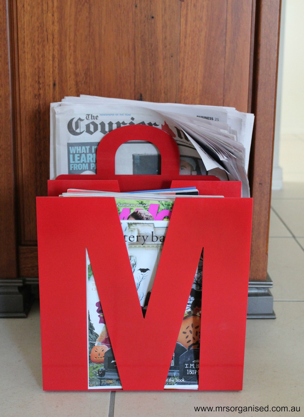 Decluttering & Organising Magazines & Newspapers 002