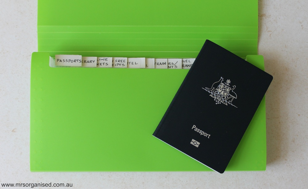How to Organise Travel Documents 002