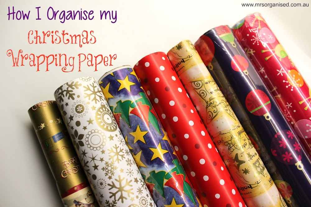 How I Organise my Christmas Wrapping Paper 001