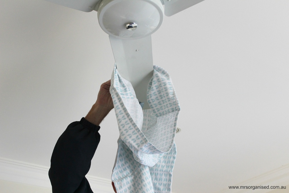 A Simple Way to Clean Ceiling Fans 002