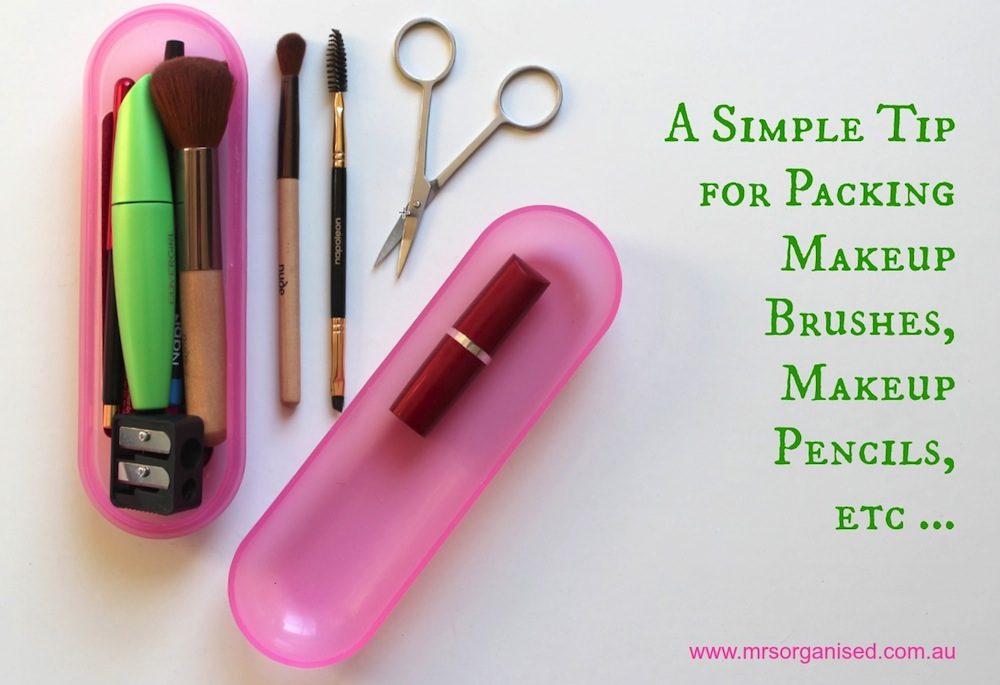 A Simple Tip for Packing Makeup Brushes, Makeup Pencils, etc. 001
