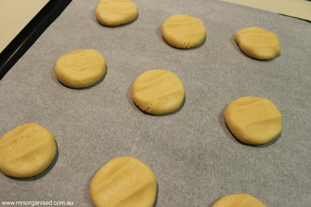 M & M Christmas Cookies 001