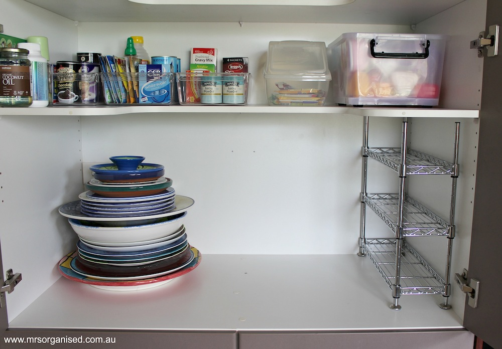Simple Tips to Help you Organise the Kitchen Pantry 004