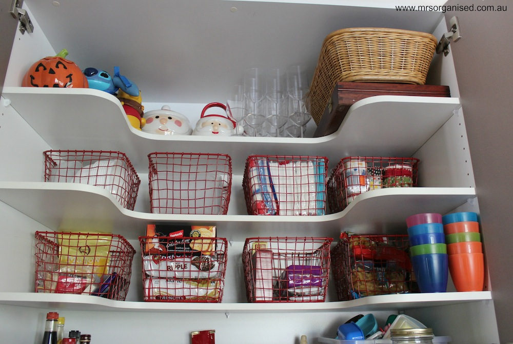 How I've Organised my Kitchen Pantry 002