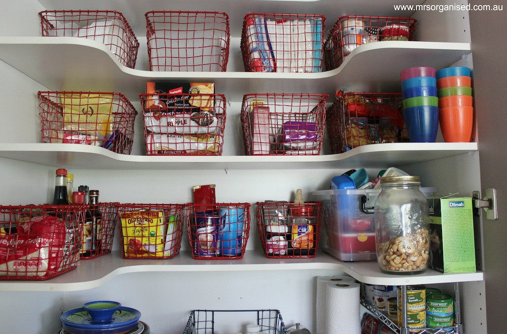 How I've Organised my Kitchen Pantry 003