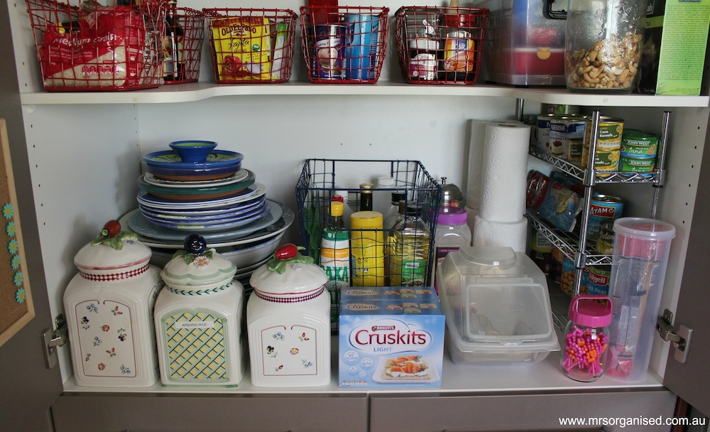 How I've Organised my Kitchen Pantry 005