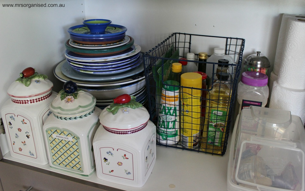 How I've Organised my Kitchen Pantry 006