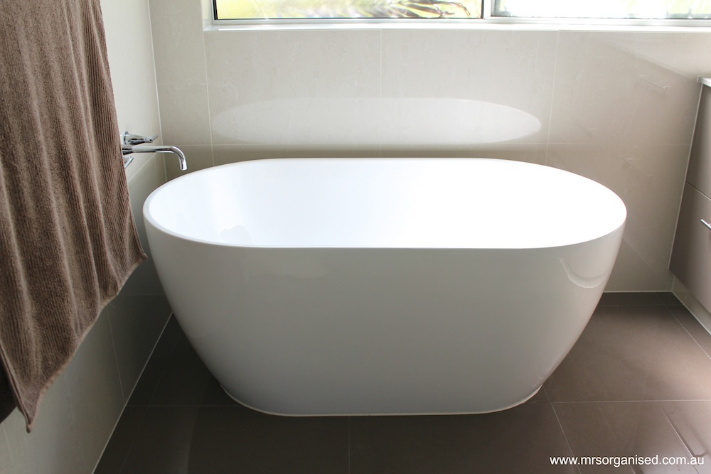 why-i-chose-large-tiles-for-my-bathroom-renovation-002