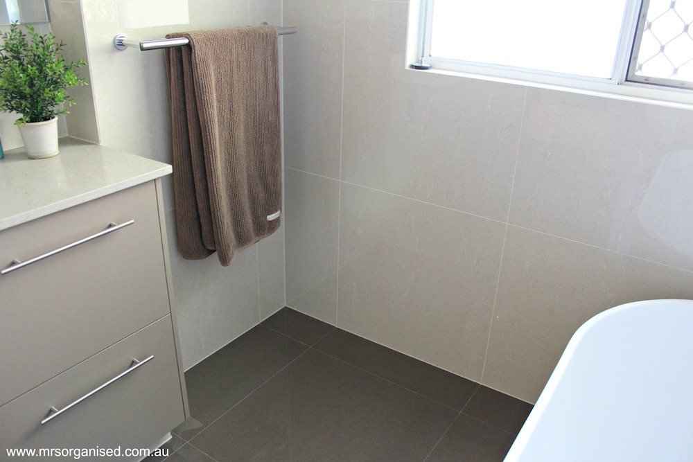 why-i-chose-large-tiles-for-my-bathroom-renovation-006