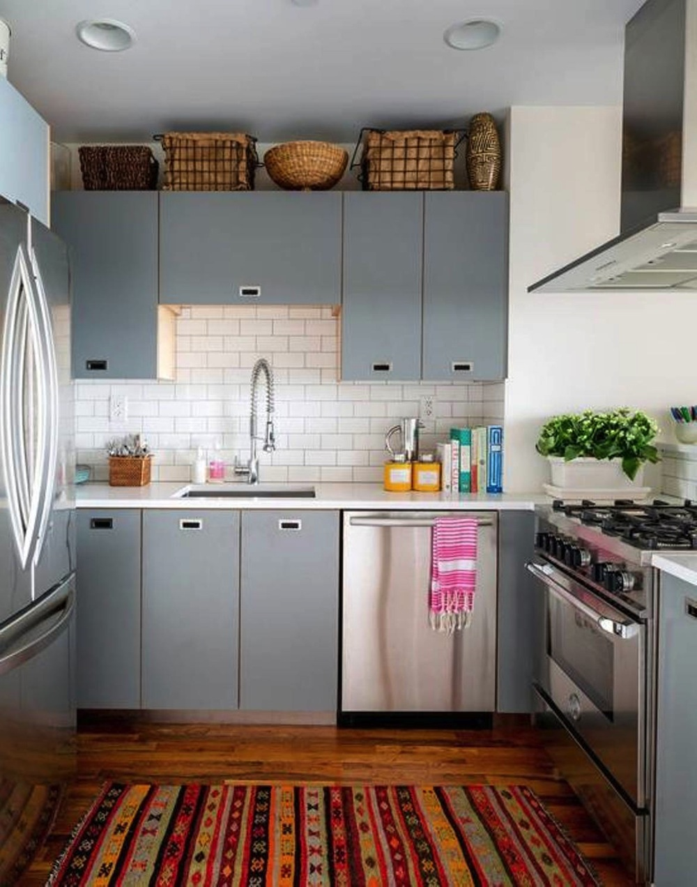 20 Great Ideas for Creating More Space in a Small Kitchen